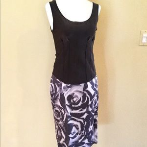BANANA REPUBLIC GREY & GREIGE FLORAL PENCIL SKIRT